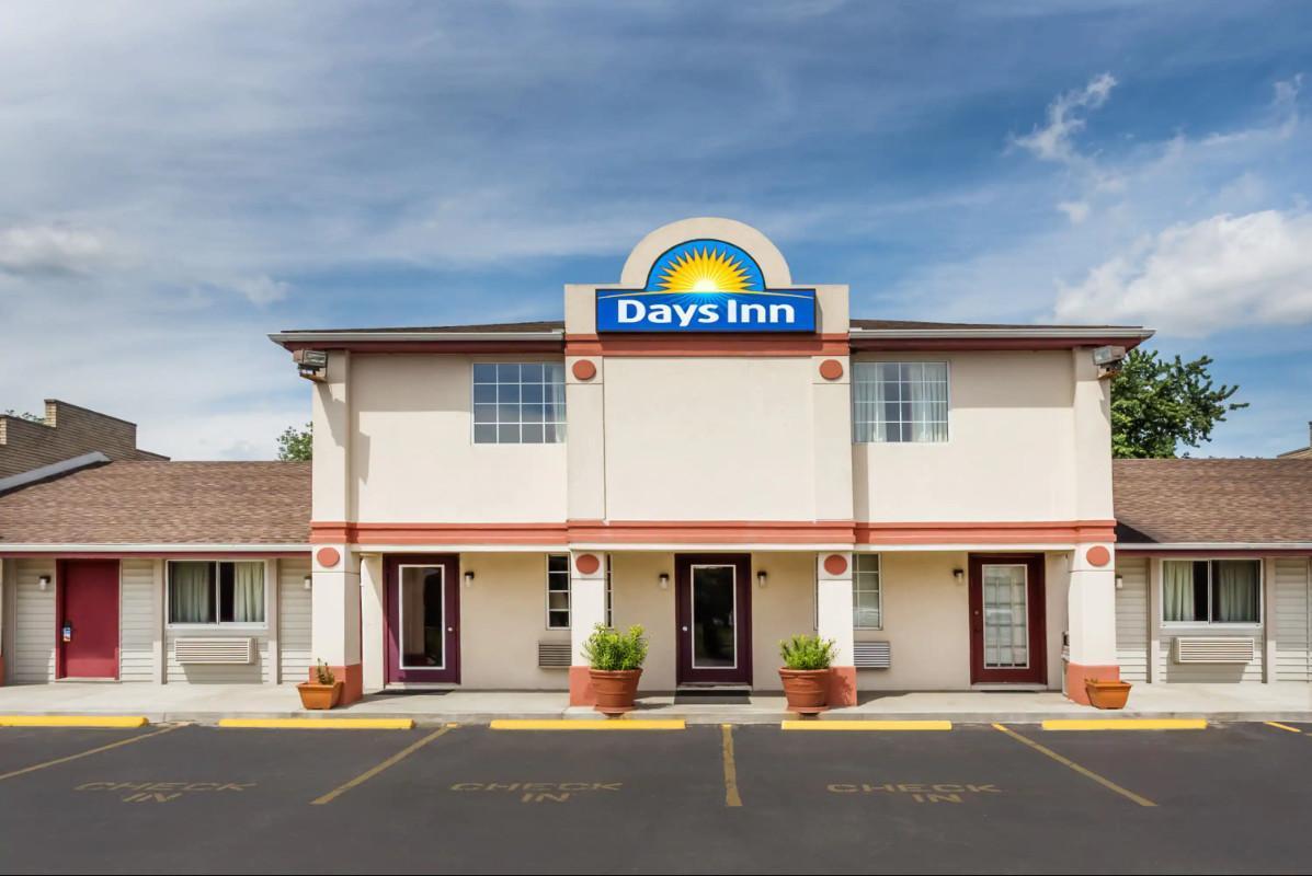 Days Inn By Wyndham Atlanta Southlake Morrow