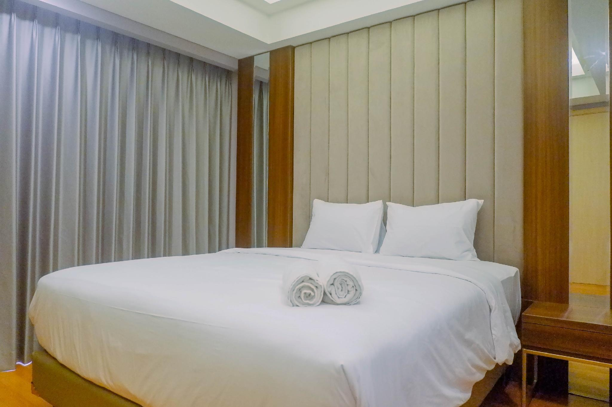 Luxurious 2BR At One East Residences By Travelio