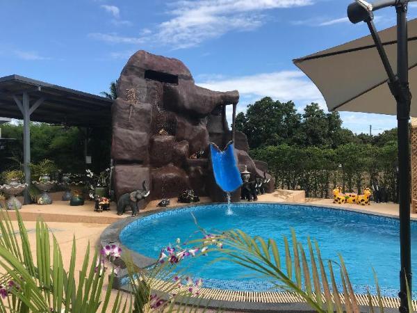 SB Holiday Resort. Chiang Mai