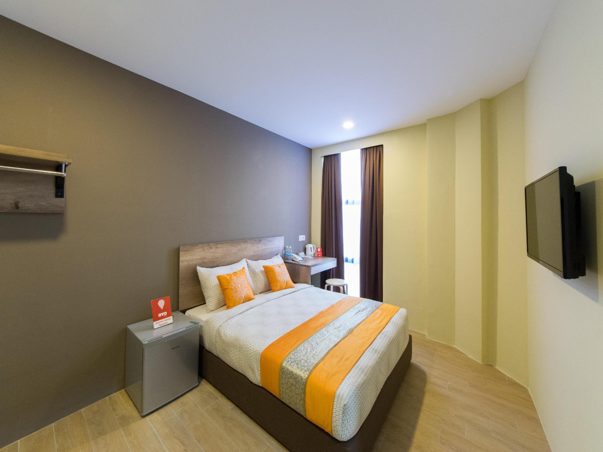 OYO 142 SH Hotel Kota Damansara