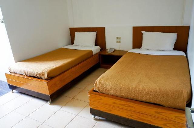 โรงแรมเพลินเพชร