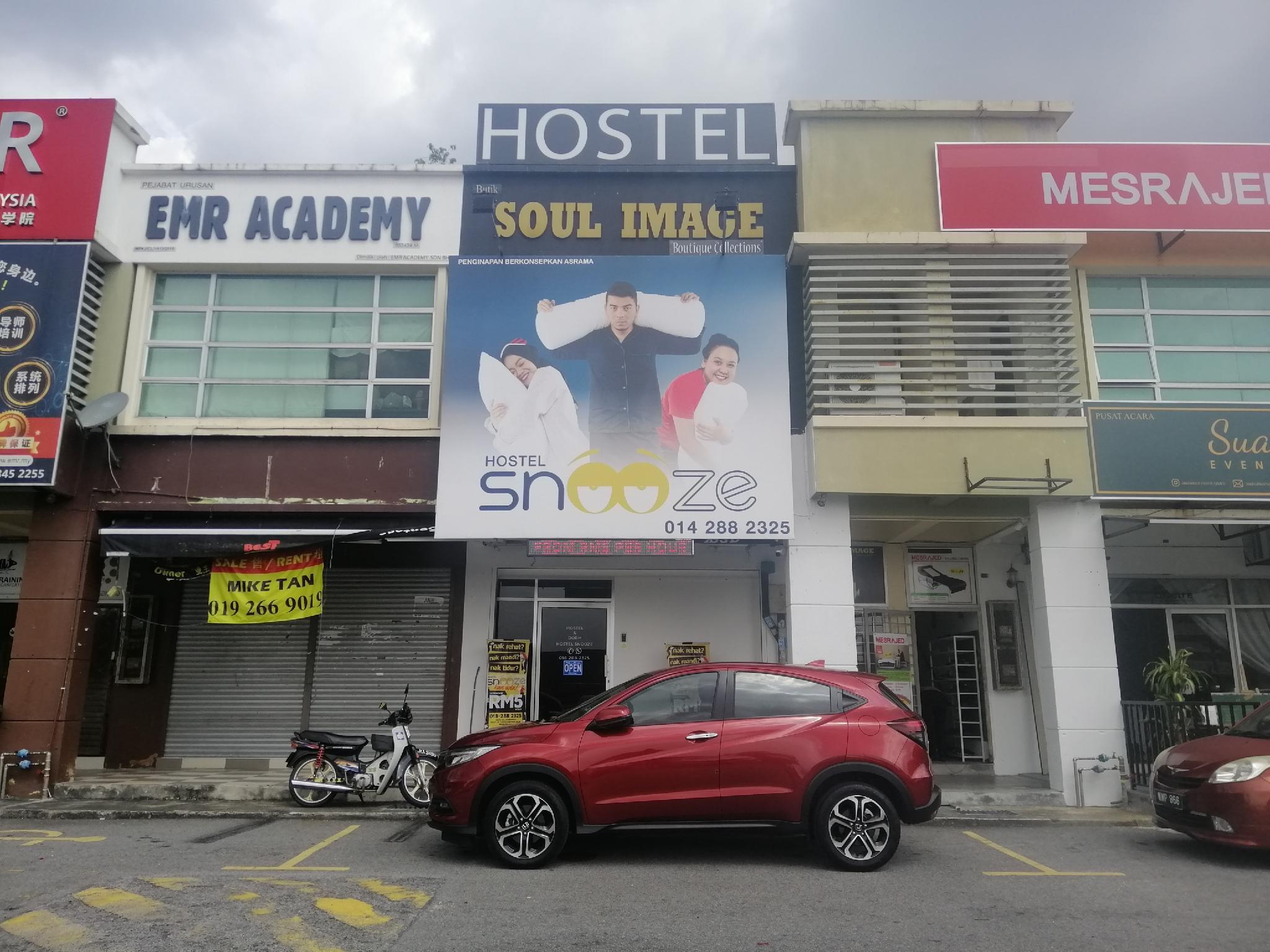 SPOT ON 89871 Snooze Hostel