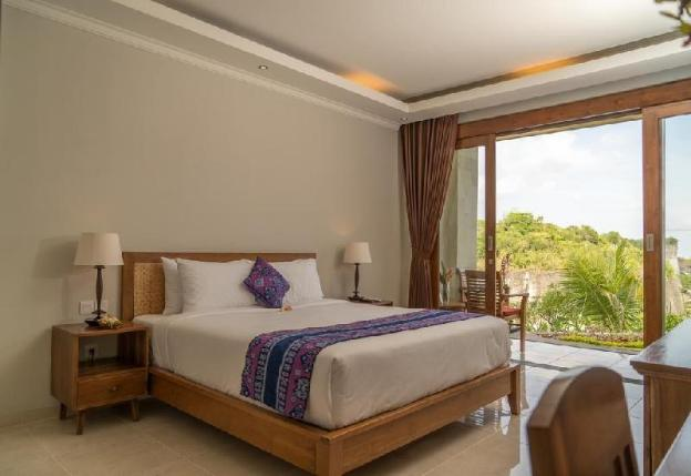 16BR Villa - Just a Few Minutes to Pandawa Beach