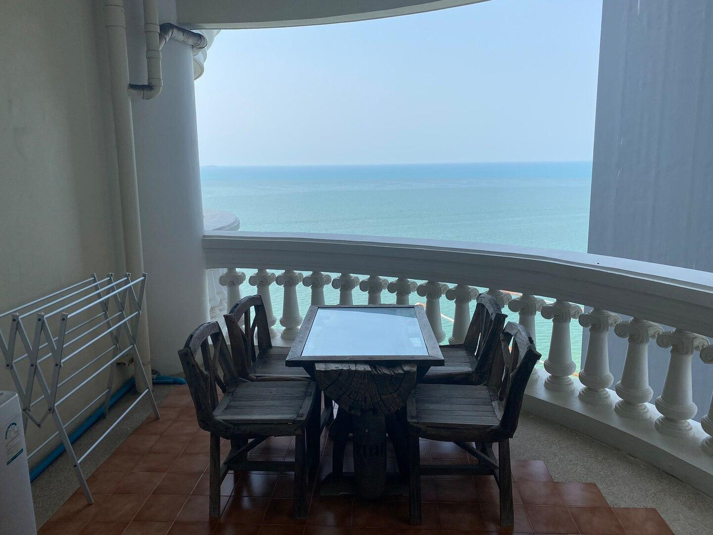 Studio sky beach, ultimate beachfront อพาร์ตเมนต์ 1 ห้องนอน 1 ห้องน้ำส่วนตัว ขนาด 42 ตร.ม. – หาดวงอมาตย์