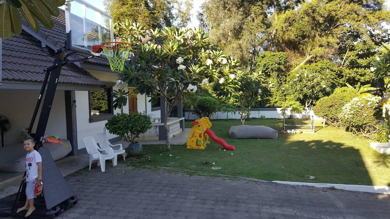 2 Bed/2 Bath House with Garden, access to Pool บ้านเดี่ยว 2 ห้องนอน 2 ห้องน้ำส่วนตัว ขนาด 200 ตร.ม. – หาดบ่อผุด