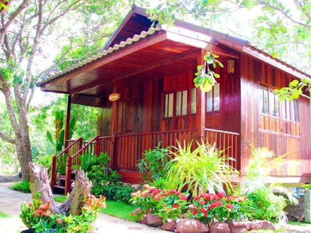 บ้านสวนลิ้นจี่แม่กลองรีสอร์ท – Lychee garden resort