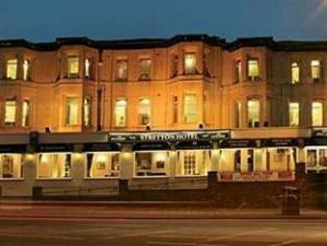 ストレットン ホテル (Stretton Hotel)