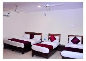 HOTEL ALFA REGENCY