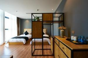 Skyline Hotel Shanghai