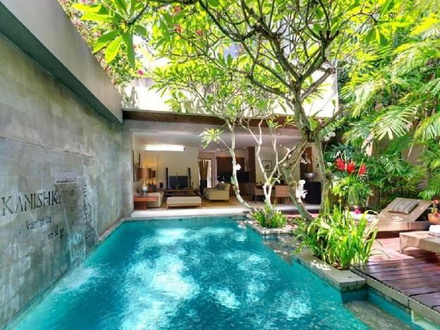 2BR Villa With Pool View+B'fast @Seminyak