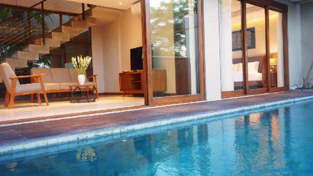 Luxury 3BR Pool Villa + Breakfast@ Nusa Dua