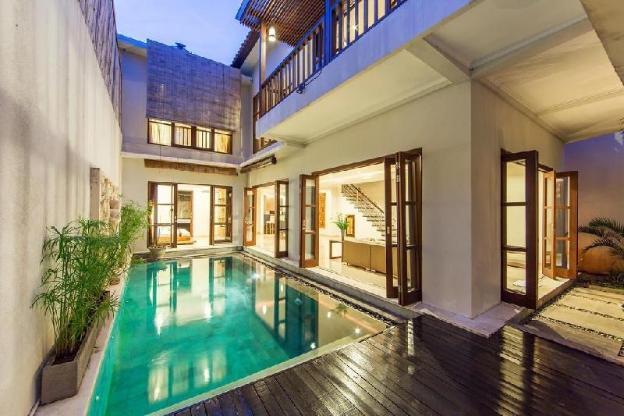 3BR Stunning Luxury Villa at Seminyak
