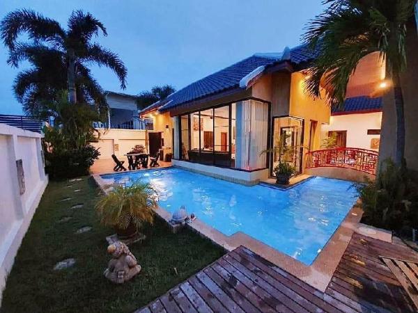 Beautiful luxury private pool house. Pattaya