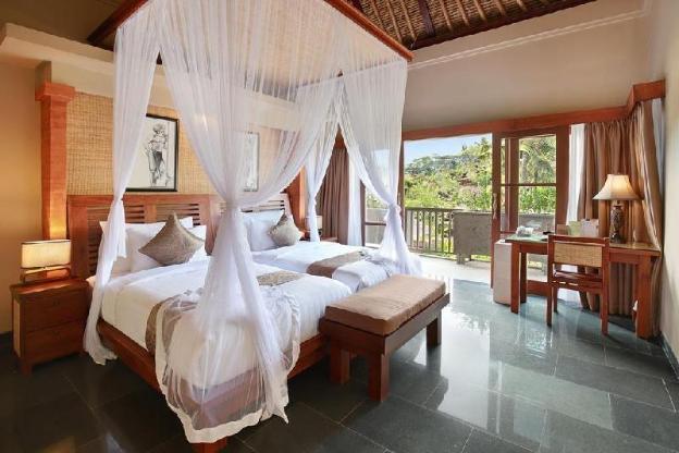 4BR Pool Villa with Hot Tub -SPA Bath - Breakfast