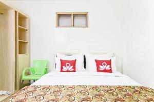 ZEN Rooms Cibogo Pasteur