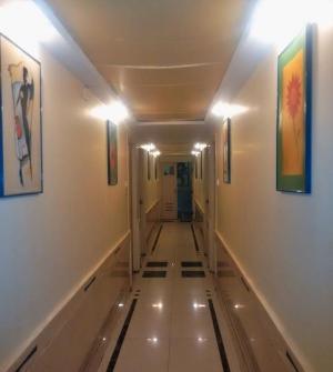 ホテル デ ラジ二ガンダ (Hotel De Rajnigandha)