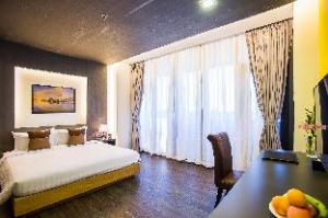 TRYP by Wyndham Yangon