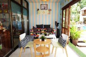 Sairee Cottage Resort