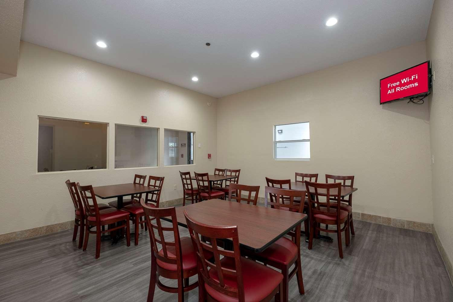 Red Roof Inn & Suites Pensacola   NAS Corry
