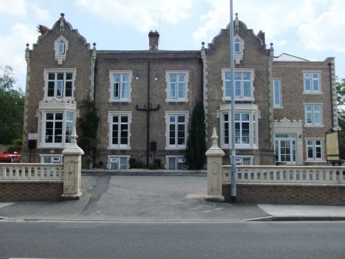Blorenge House