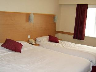 Фото отеля Days Inn Warwick Northbound M40 Hotel