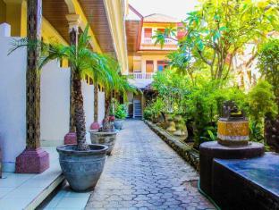 Bali Manik Beach Inn - Bali