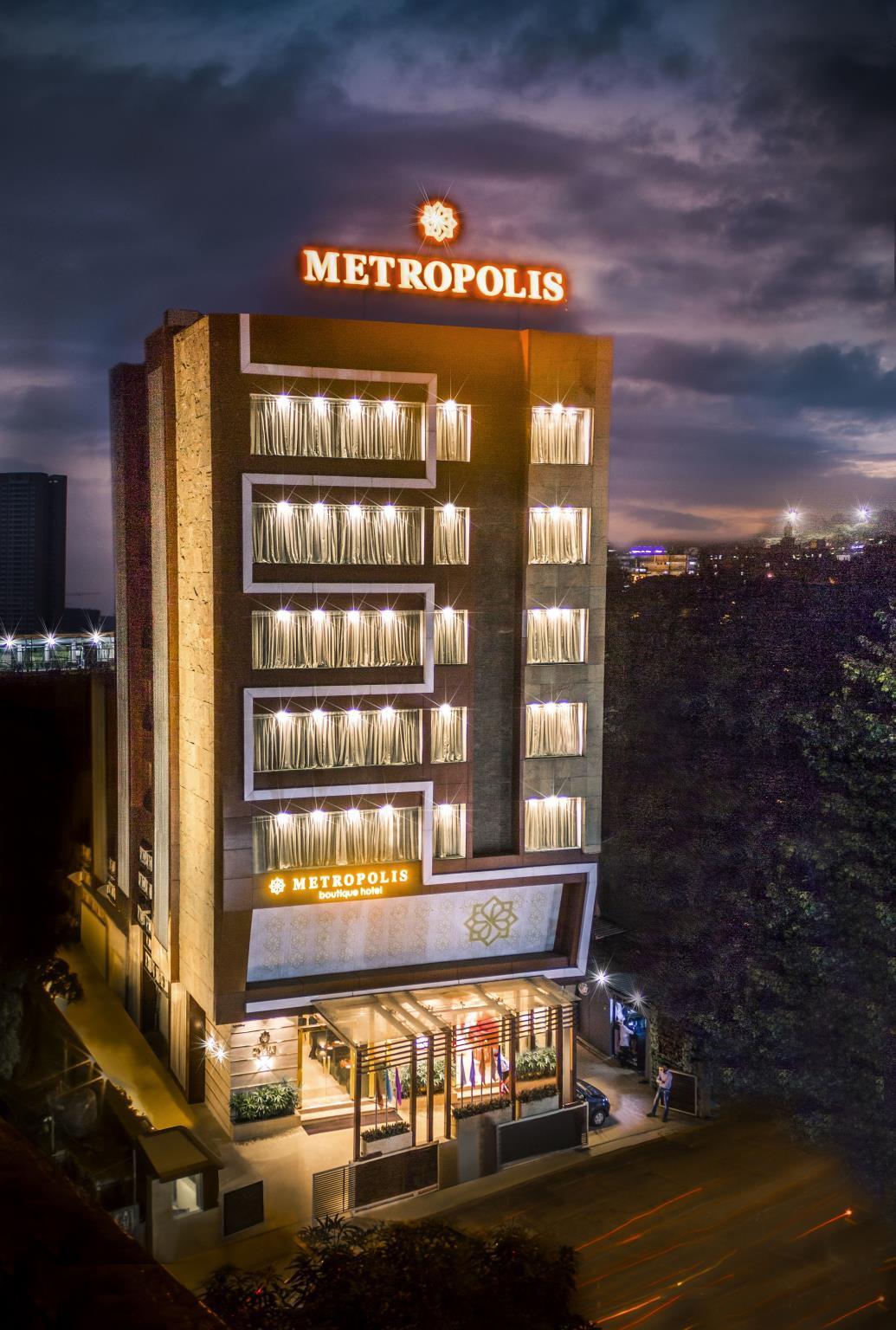 Treebo Select Metropolis