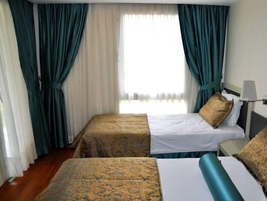 Hotel Ambrosia