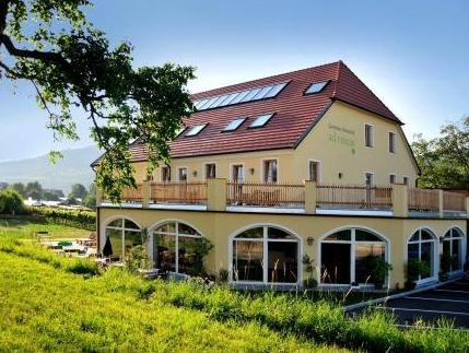 Ad Vineas Gastehaus Nikolaihof Hotel Garni