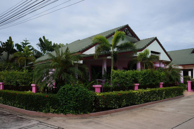 House 4 bd  gated village Pattaya บ้านเดี่ยว 4 ห้องนอน 2 ห้องน้ำส่วนตัว ขนาด 200 ตร.ม. – บางสเหร่