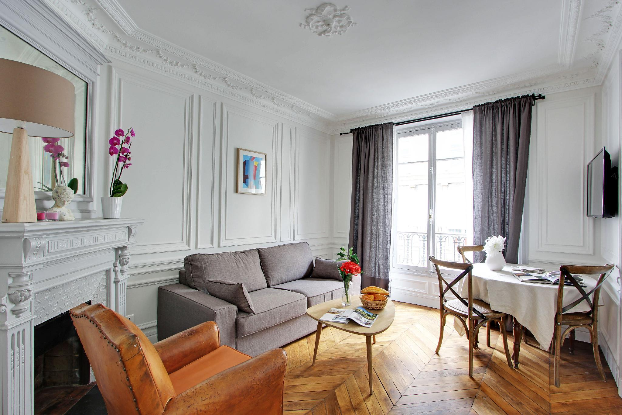 109125 - Authentic Parisian apartment for 3 people near Pigalle and Montmartre