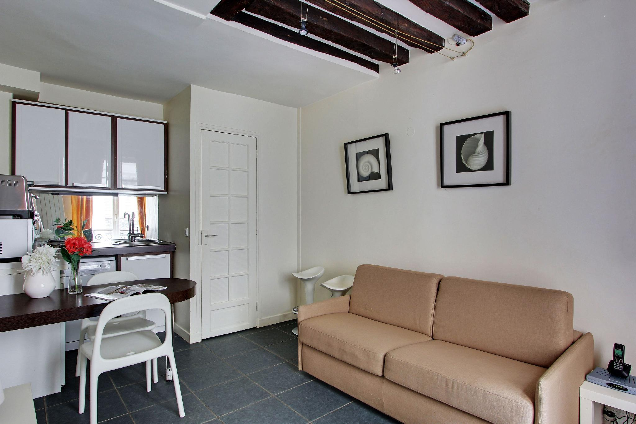 102261 - Attractive apartment for 4 people in the Montorgueil area