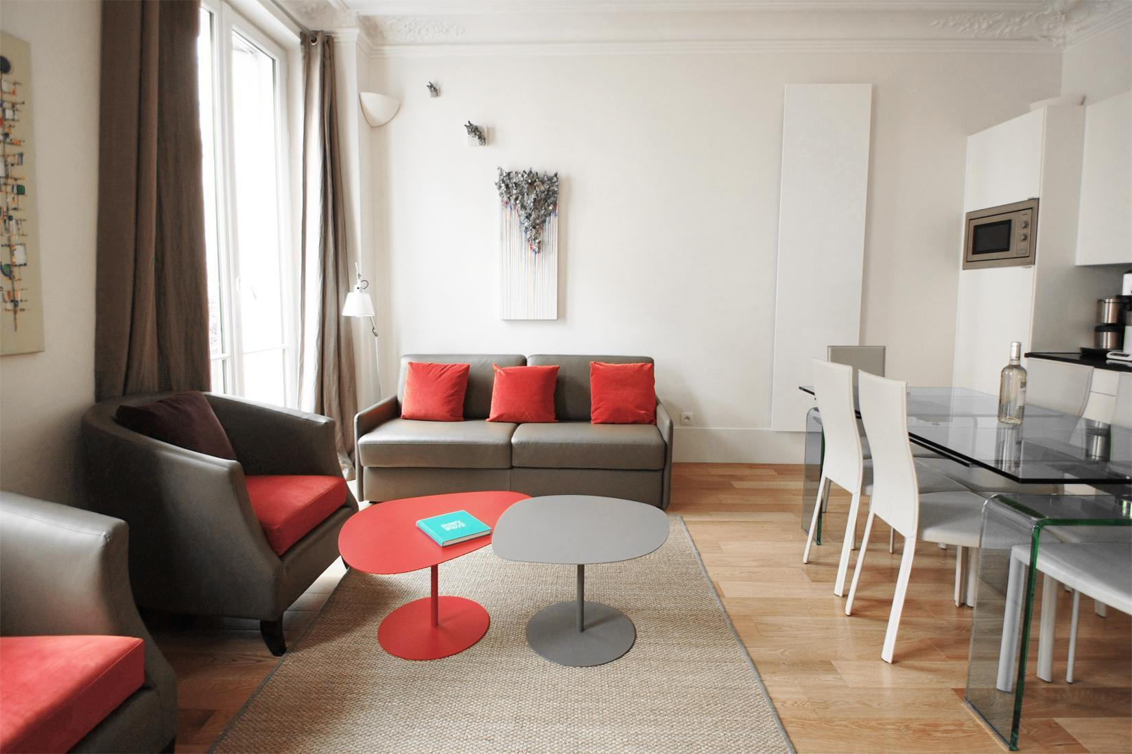 202200 - A Beautiful and spacious 2-bedroom apartment in Réaumur  Sebastopol