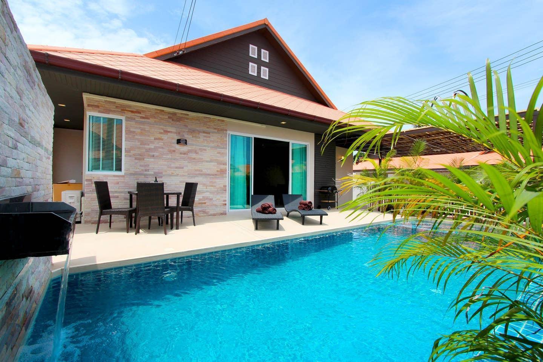 Private Pool Villa 3BR  in the heart of Jomtien วิลลา 3 ห้องนอน 3 ห้องน้ำส่วนตัว ขนาด 235 ตร.ม. – เขาตาโล