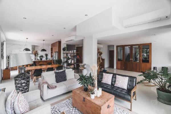 [Family Pool Villa] 6 Bedroom Luxury City Center Chiang Mai