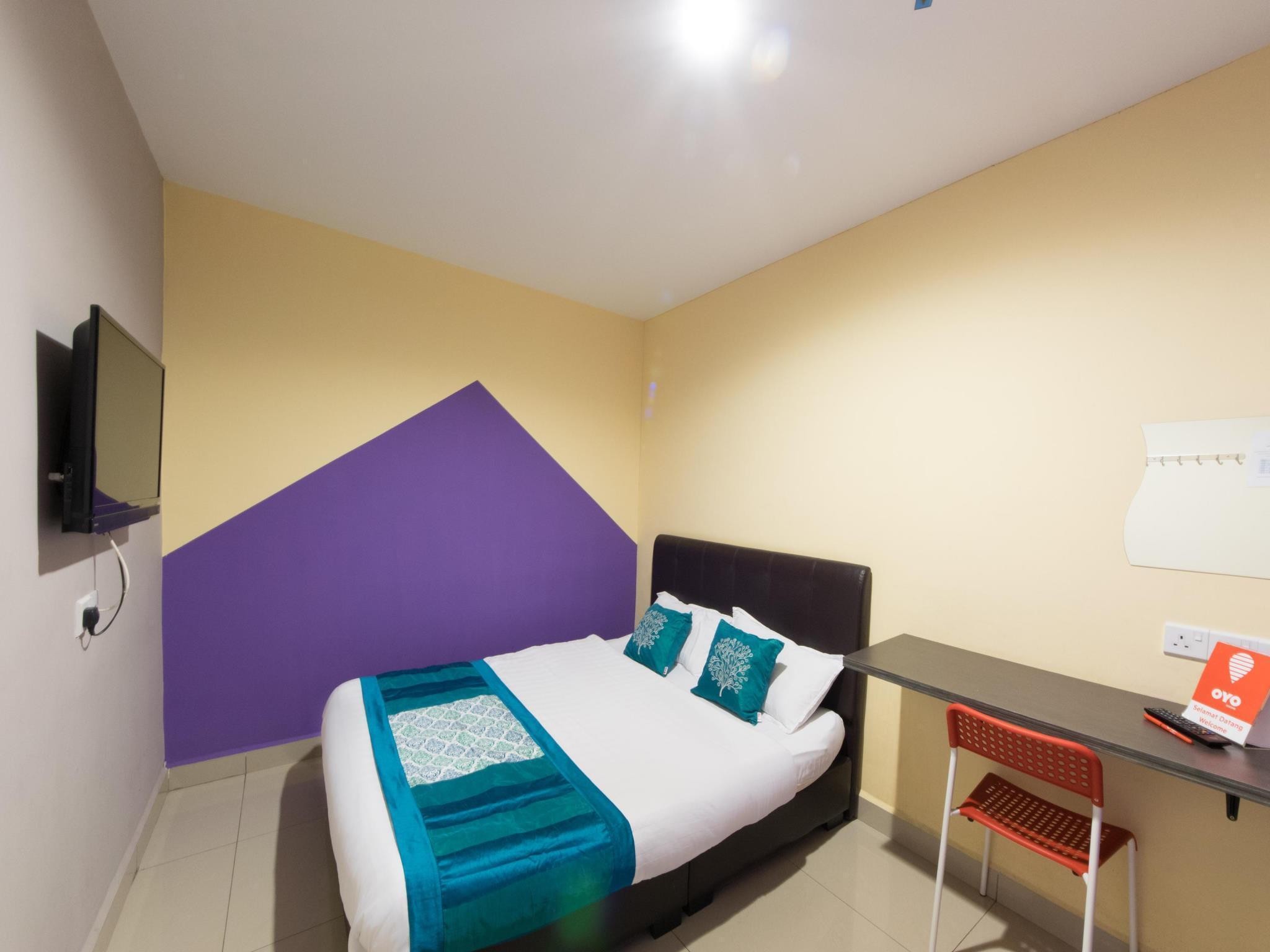 OYO 131 Dejaya Hotel Kota Damansara