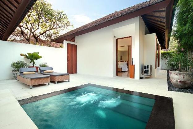 1BR Beautiful Pool Villa close to Seminyak Mall