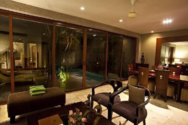 2BR Revishing Private Pool Villa Bfast @Seminyak