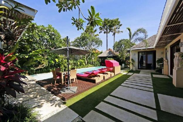 3BR Gorgeous Private Pool Villa with @Seminyak