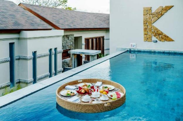 3BR Beauteous Villa with Romantic Pool @Nusa Dua
