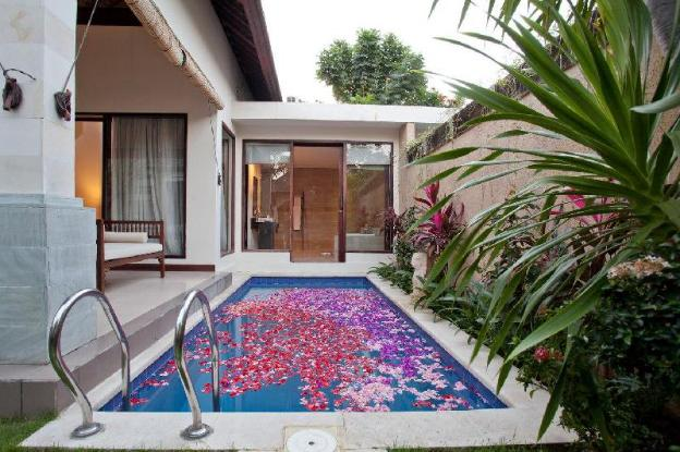 1BR Honeymoon Private Pool Villa North Kuta