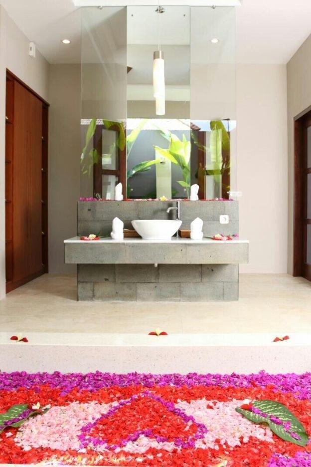 Luxury 1BR Private Pool Villa @ Seminyak