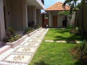 Dila Homestay 2 Jimbaran Bali