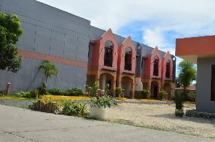 picture 3 of Manora Apartments and Guest House