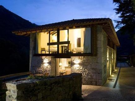 Apartamentos Rurales El Lleron