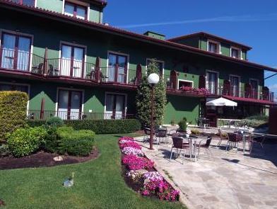 Hotel Lombina