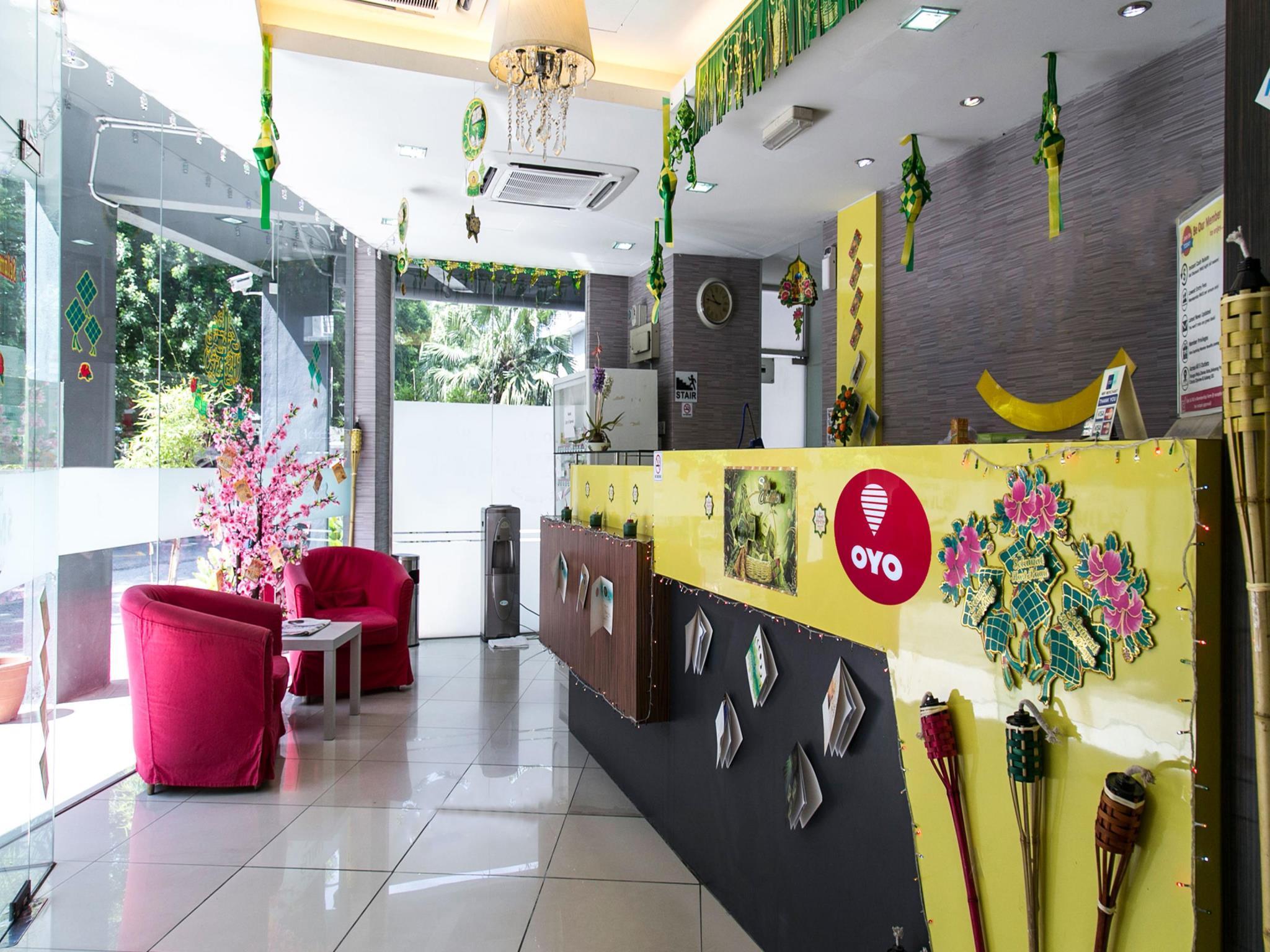 OYO 201 Smile Hotel Selayang Point
