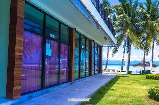 Фото отеля INFINITY Beach Club Hostel Koh Phangan