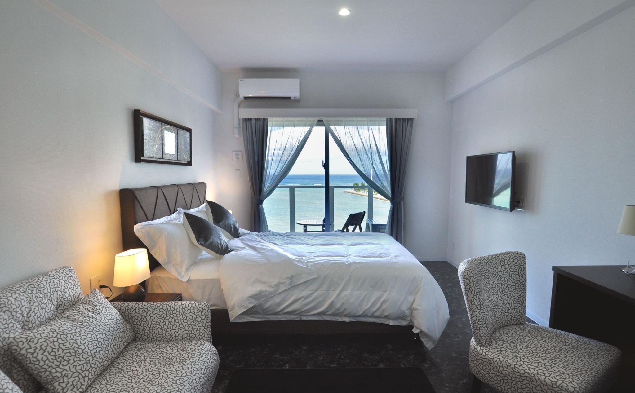 Beachfront Tower Mihama ByDSH