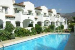 Califa Apartment